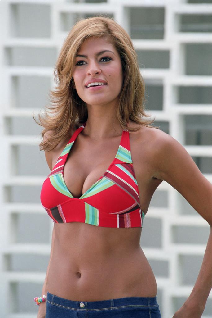 Eva Mendes in bikini