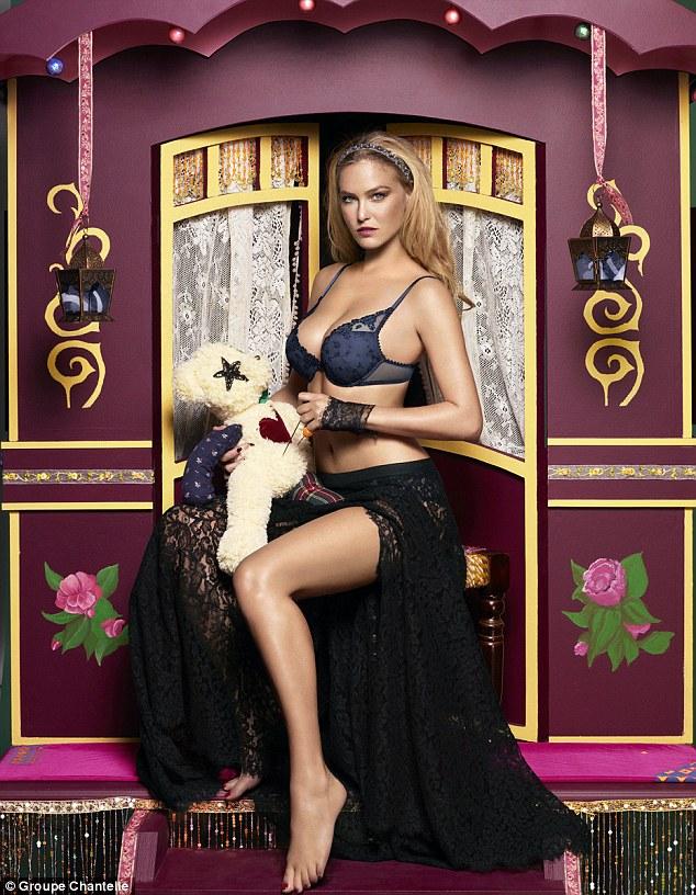 Bar Refaeli passionata lingerie