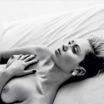 Miley Cyrus topless photo instagram