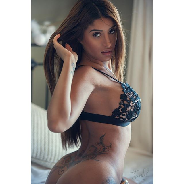 Preeti young lingerie